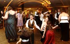 An Albany Wedding Where Everyone's Dancing!