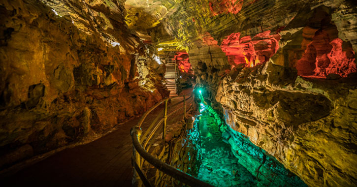 the caves of Howe Caverns