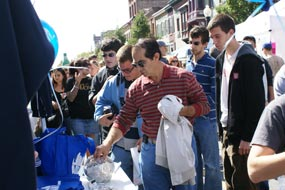 People Grab Albany.com Goodies