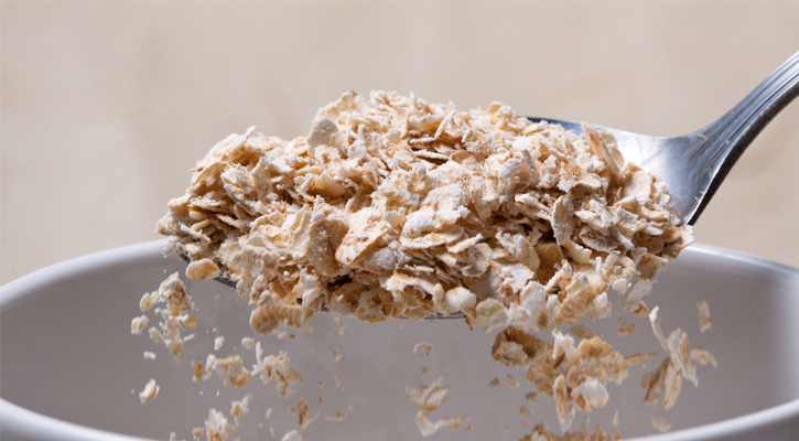 a spoonful of oats