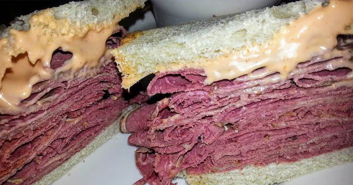 close up of a corned beef sandwich