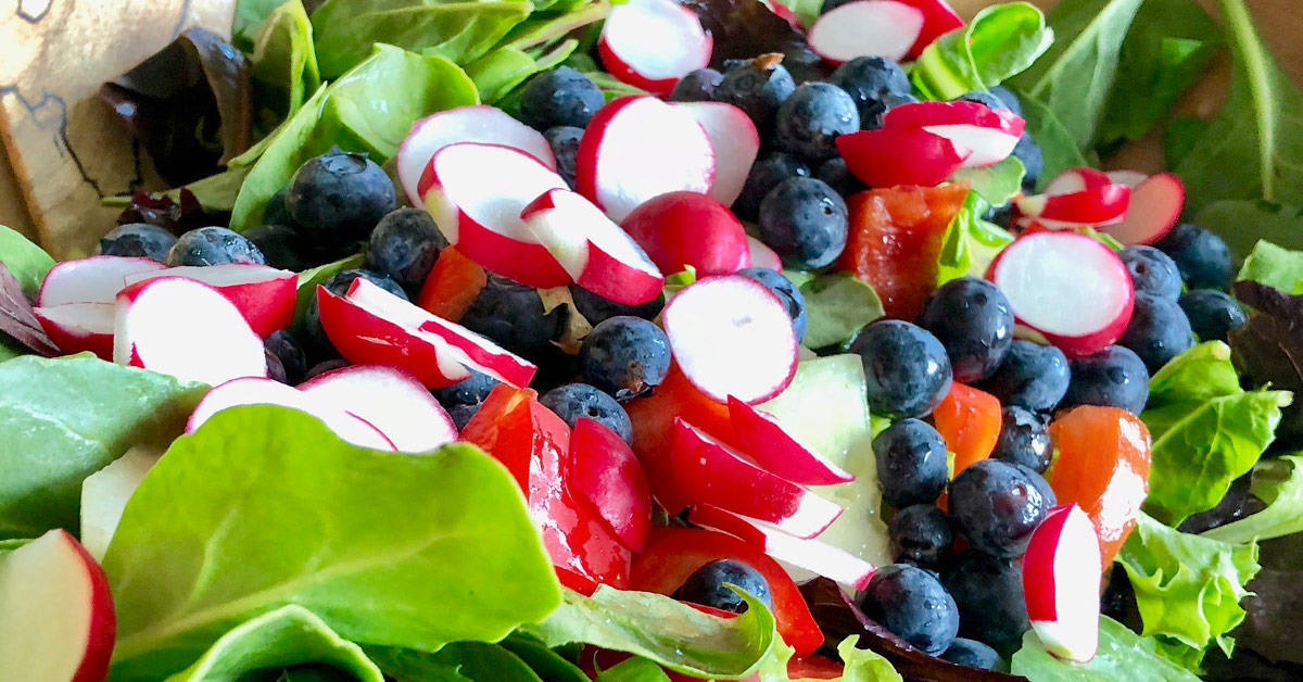 salad with radishes and blueberries