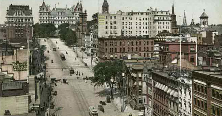 old photo of State Street in Albany