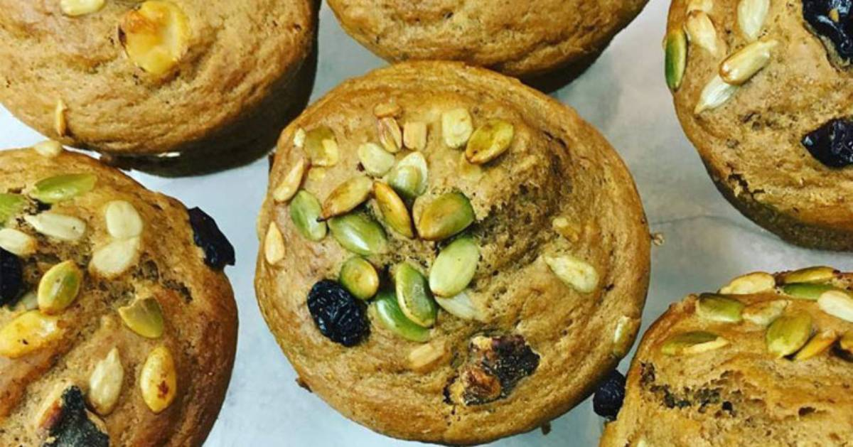 muffins with pumpkin seeds and berries