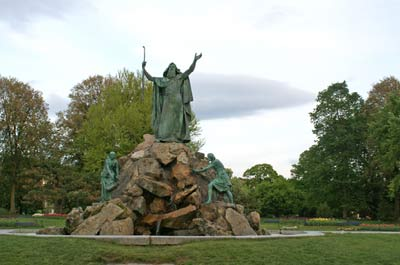 Washington Park - Moses Statue