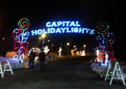 holidaylights-entrance.jpg