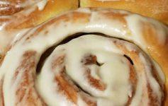 cinnamonrolls2.jpg