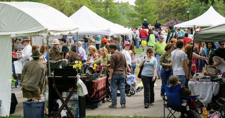 crowd browsing vendors at Tulip Festival