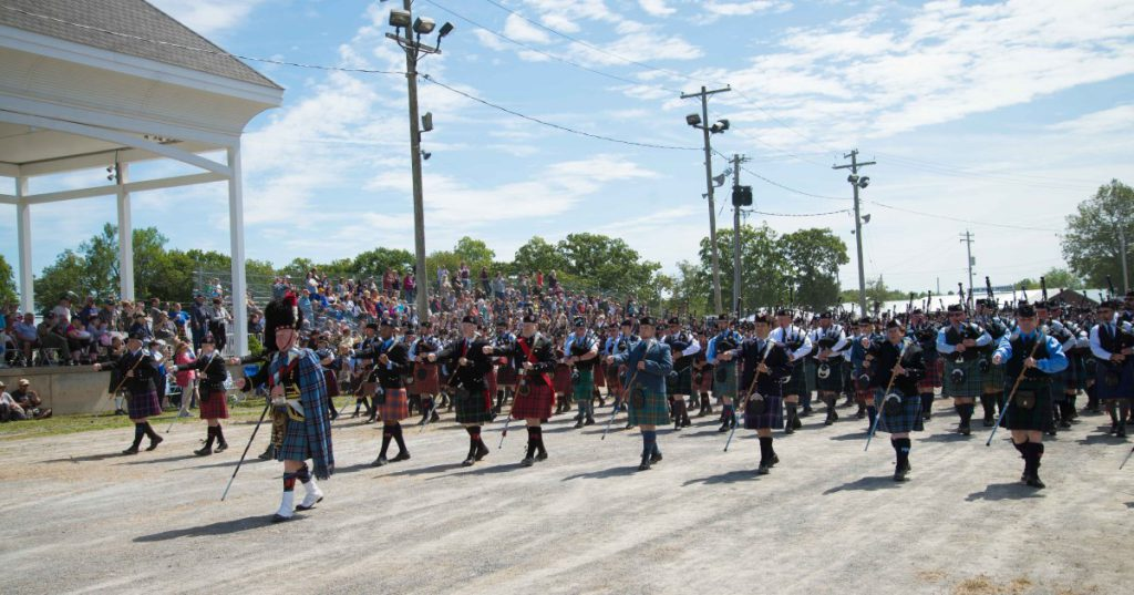 bagpipers parade